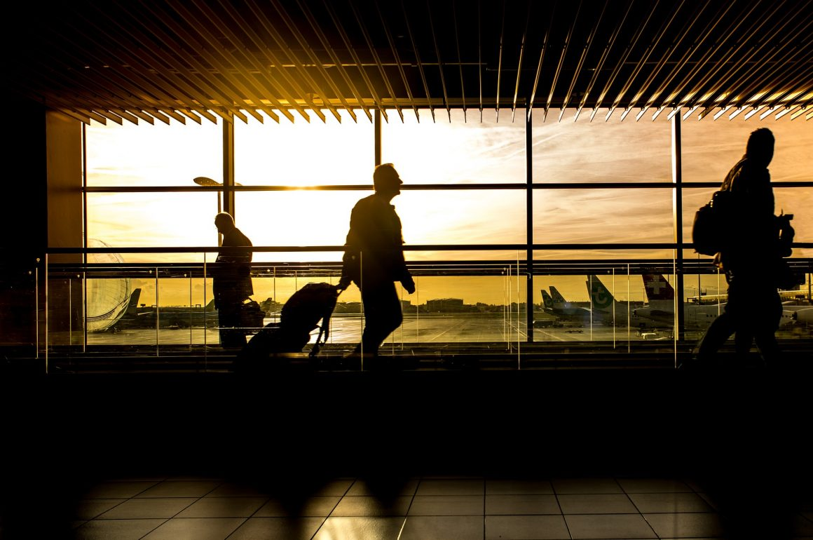 8 ways to protect your company's confidentiality when you travel internationally
